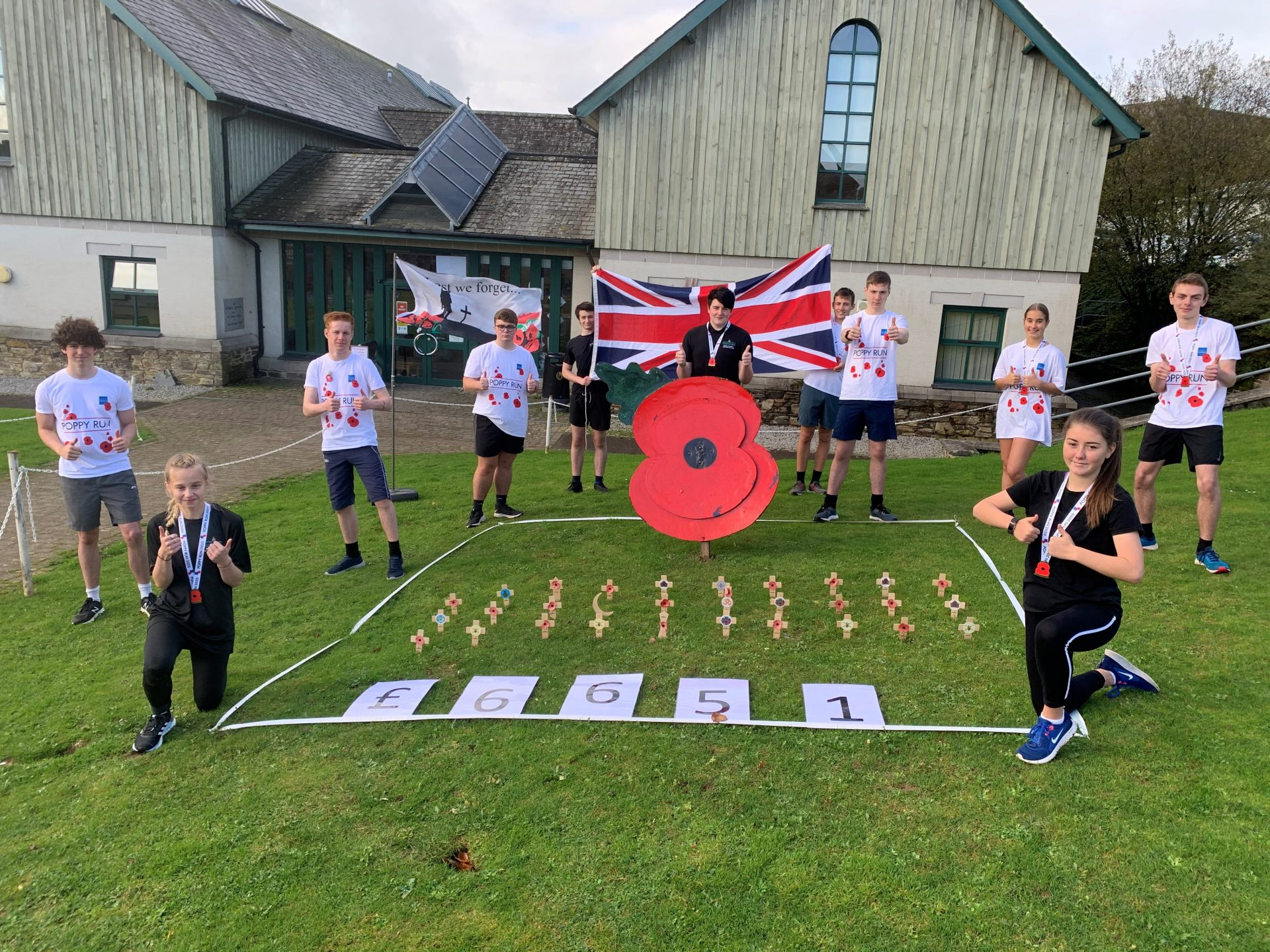 Students raise incredible 6.5K for Poppy Appeal